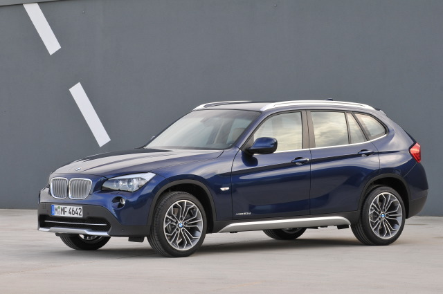 dzautos magazine automobile la nouvelle bmw x1 xdrive28i avec bmw twinpower turbo. Black Bedroom Furniture Sets. Home Design Ideas
